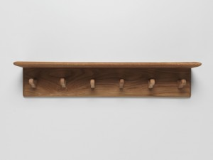 Product image for hanging rack – 6 peg with shelf