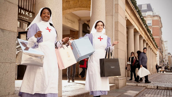World-War-One-nurses-in-Covent-Garden